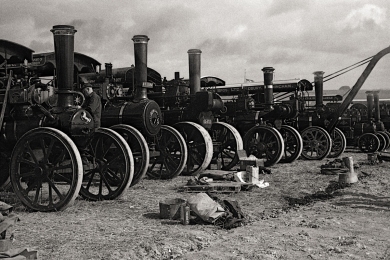 At the Dorset Steam Rally 2009. Leica M2, Agfa APX100, Pyrogallol.